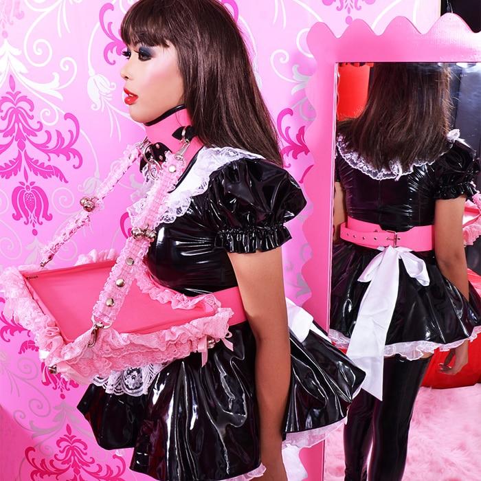maid-serving-tray-04-bon031