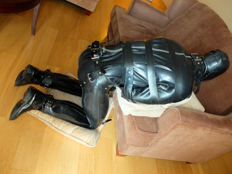 the_rubbered_master2_by_rubberprince-d88mu3d